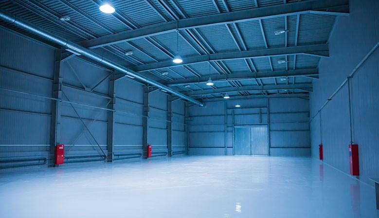 LED-Hallenstrahler-System